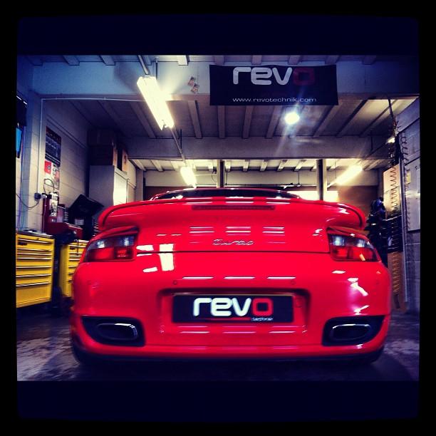 porsche 997 turbo tuning revo