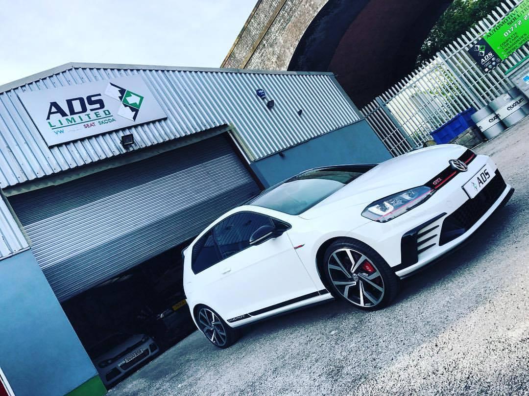 Independent Volkswagen specialist Preston unveils GTI Clubsport demo car!